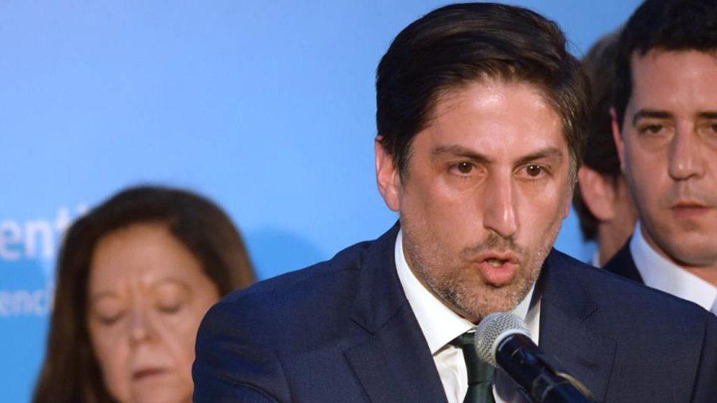 Photo of El Ministro de Educación, Nicolás Trotta mantuvo teleconferencias con los Ministros provinciales