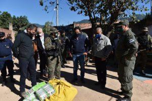 Photo of Seguridad | Gustavo Sáenz controló el trabajo que se realizan en pasos ilegales de Pocitos