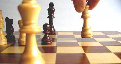 El debate ideológico y política, un tablero de Ajedrez. Verdad y Poder